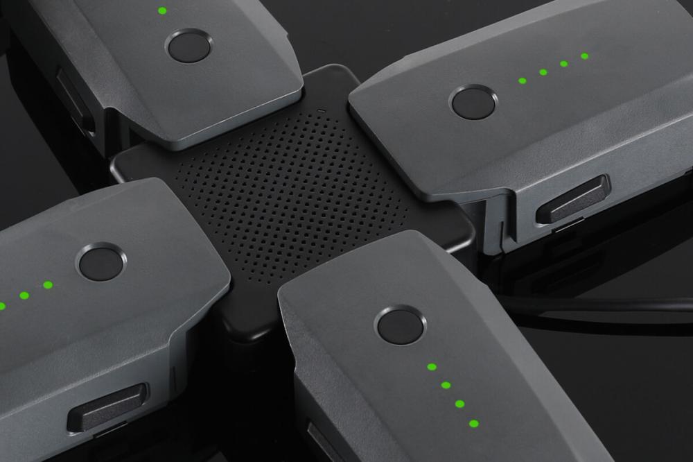Adaptor de încărcare Advanced pentru 4 baterii pentru DJI Mavic PRO