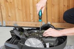 Set de întreținere și curățare a mașini de tuns gazon Gardena