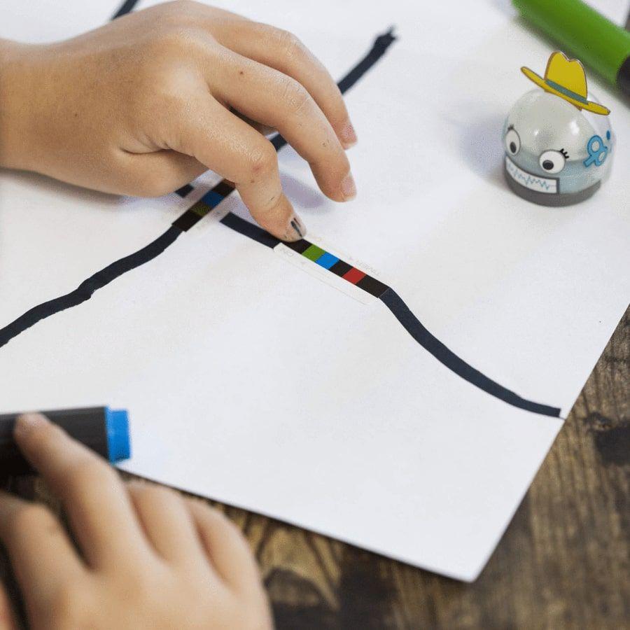 Ozobot - autocolante cu coduri de colorate