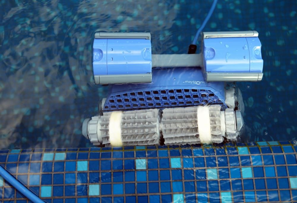 Acoperirea completă a piscinei