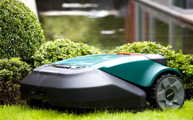 Prezentarea mașinii de tuns iarba robot Robomow RS 635 PRO SV