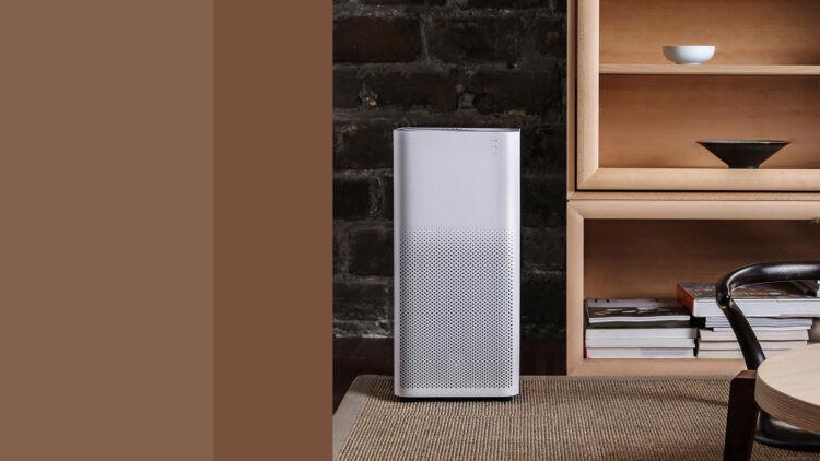 În 10 minute, purificatorul poate curăța complet aerul din camera de zi