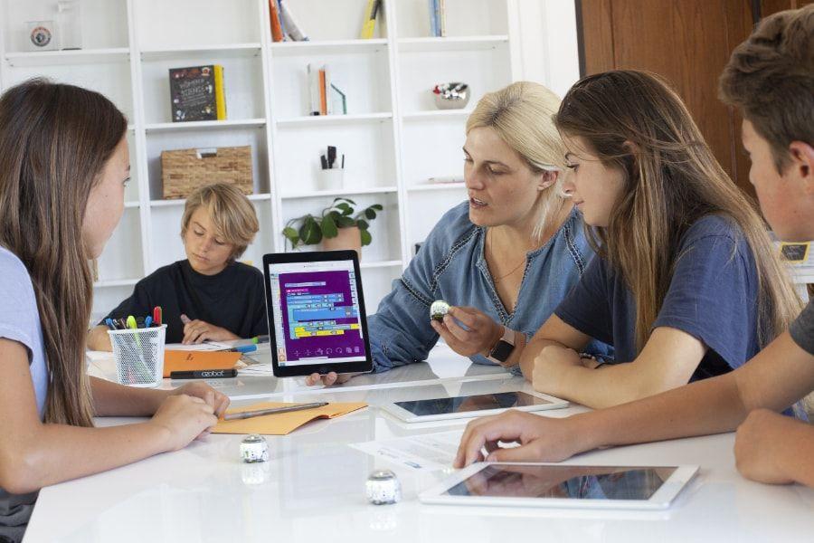 Platforma școlară gratuită Ozobot Classroom